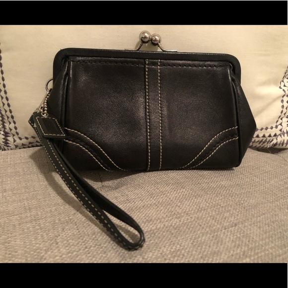 Coach - Black Leather Wallet / Wristlet